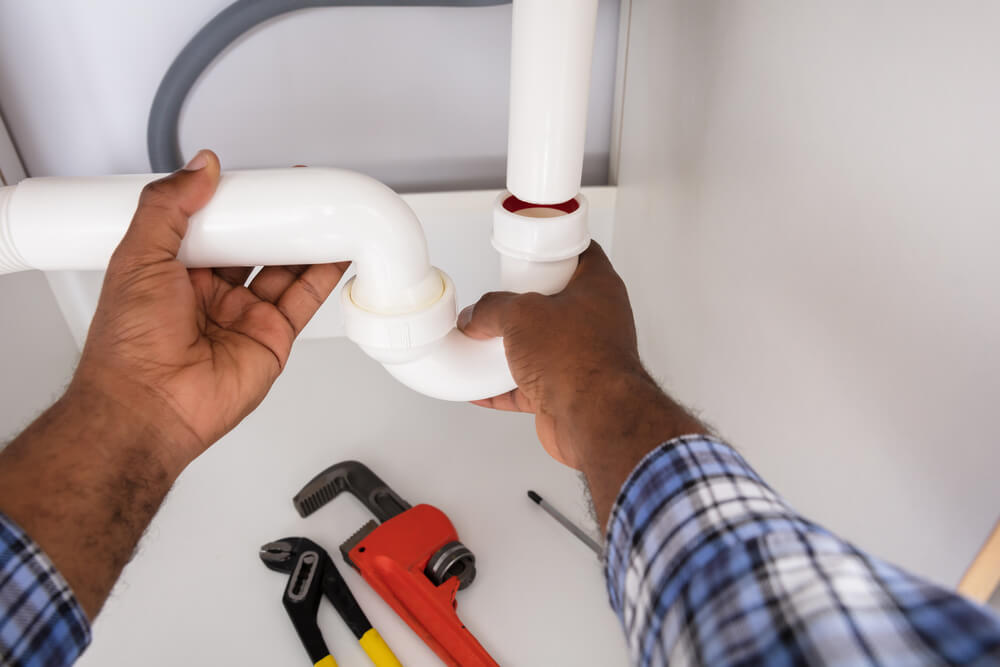 How to fix a blocked drain by yourself